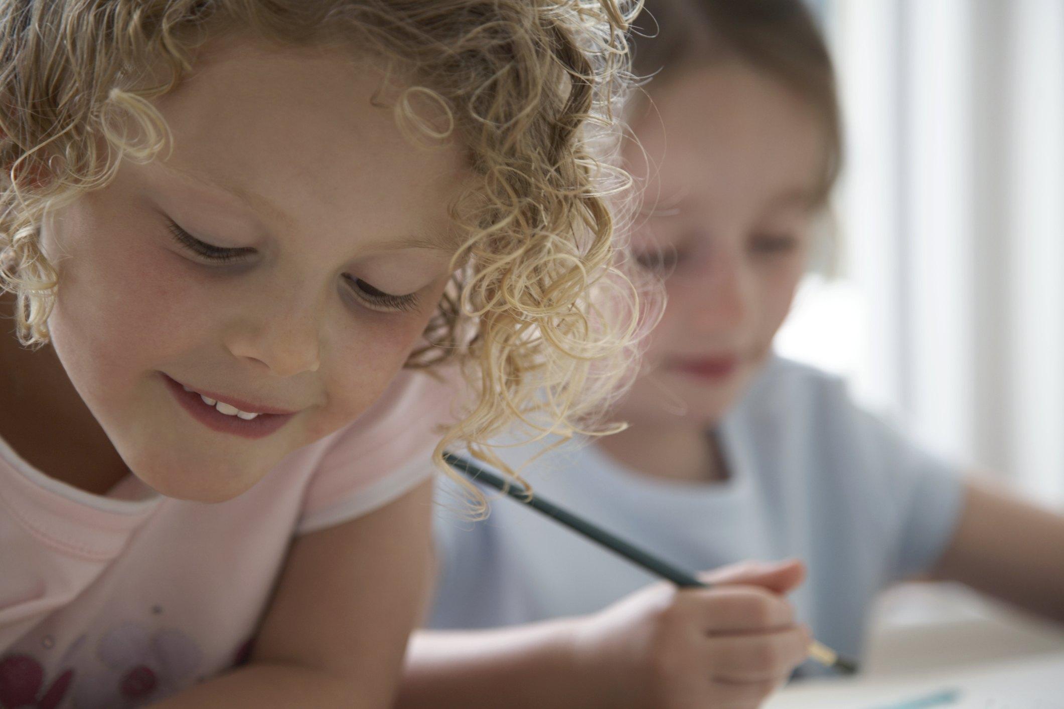 Diy Kids Painting On Ceramic Tile Trivet Ehow