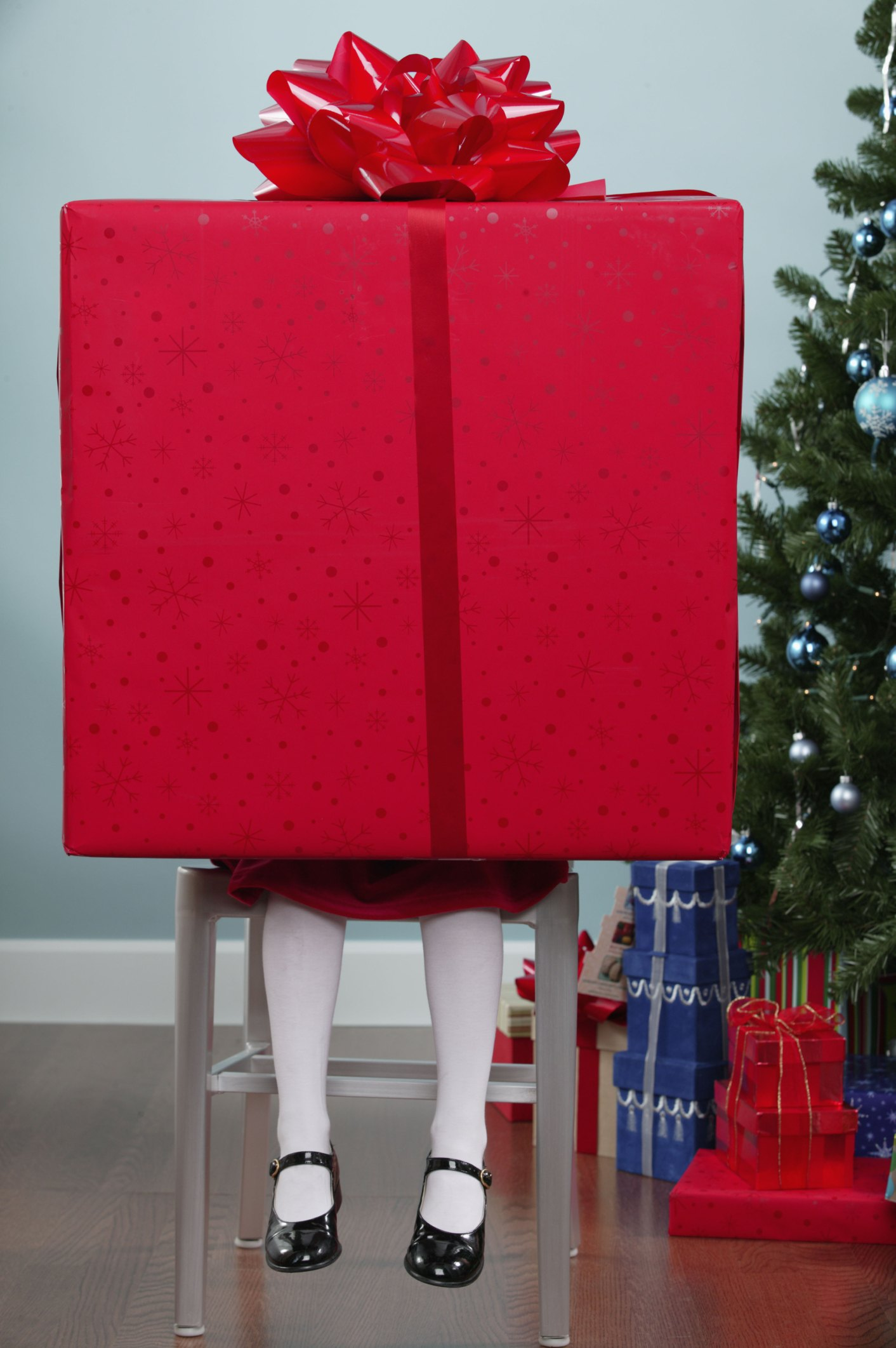 How To Gift Wrap Extra Large Gifts Ehow