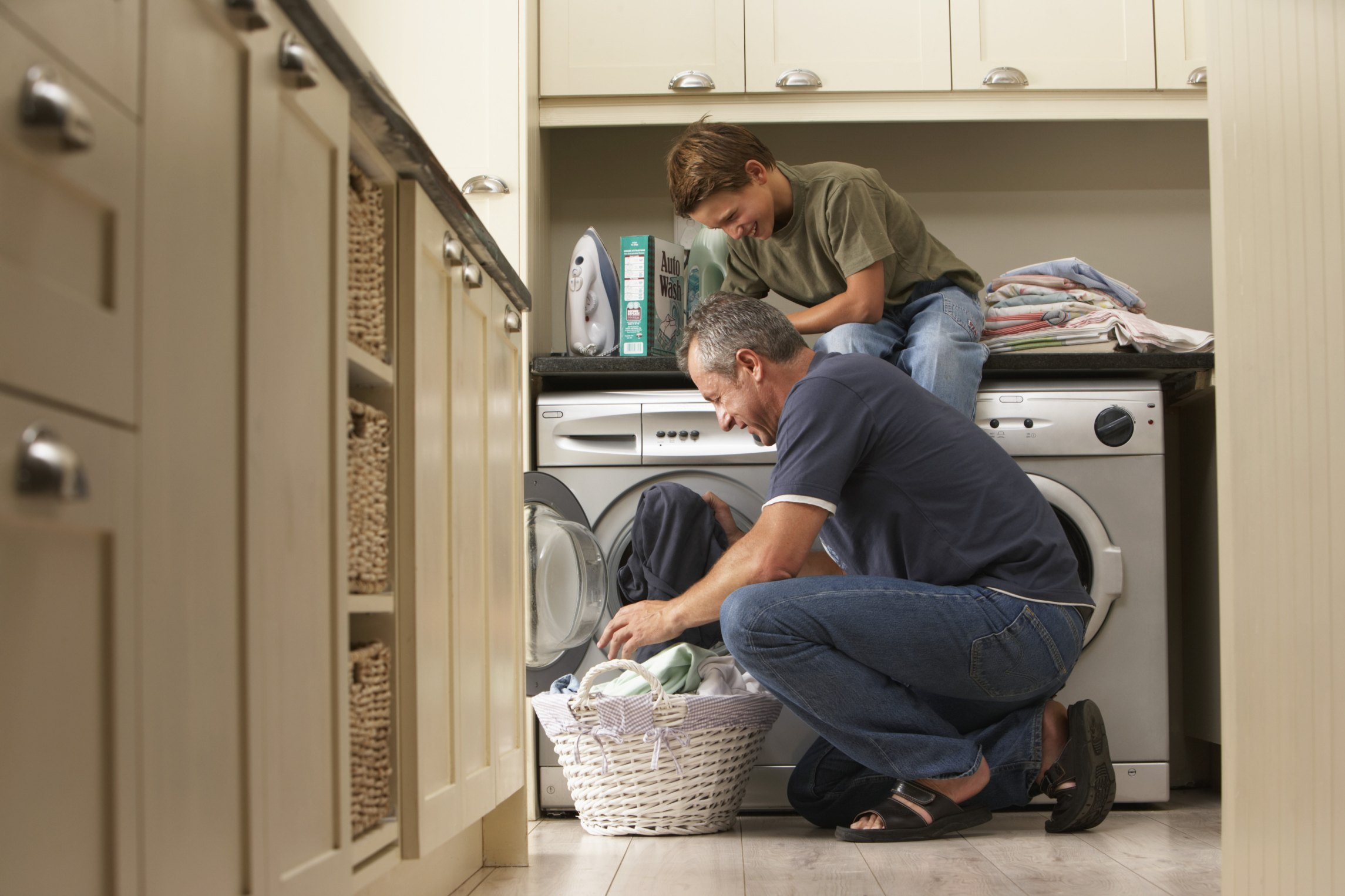 How to Wash Cotton Clothes | eHow