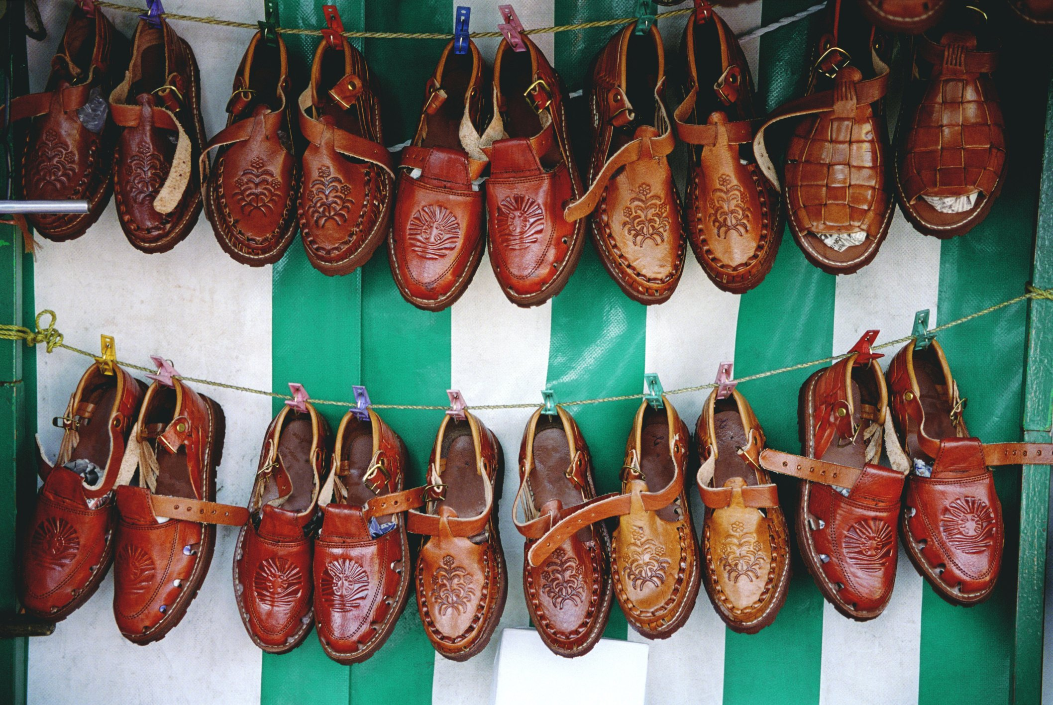 Removing Odor From Shoes Leather
