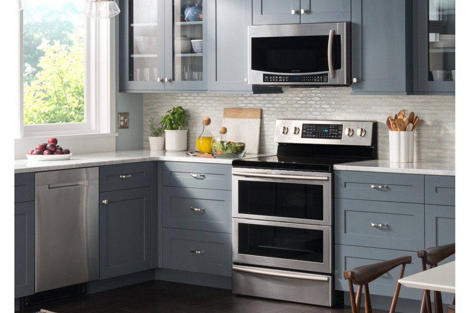 Bon Kitchen Range Design Ideas With A Microwave Tech Life Samsung. Kitchen  Cabinets Microwave Placement